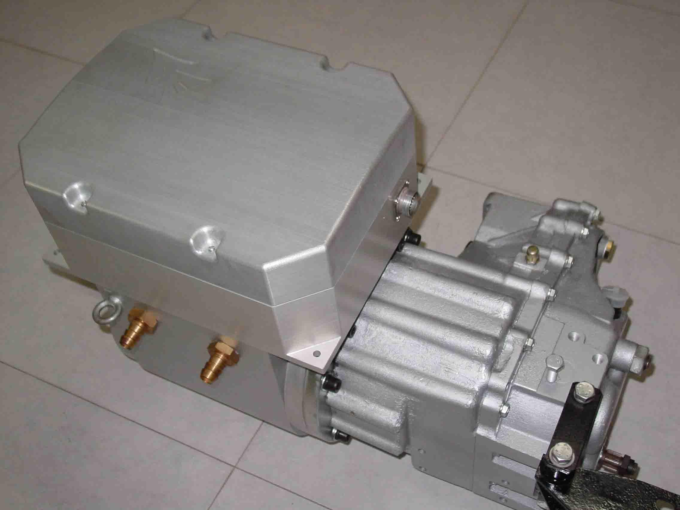作为电动汽车和混合动力汽车中最重要的一部分,电机控制系统的四大高清图片